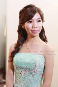 清透甜美自然裸妝_瓊瑩結婚造型